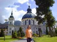 Deutsche Alpenstrasse Kloster Ettal