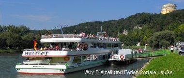 Bauernhofurlaub im Altmühltal bei Kelheim - Bild Schifffahrt auf der Donau