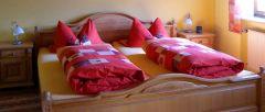 Bild vom Schlafzimmer einer Ferienwohnungen auf dem Bauernhof in Bayern